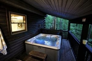 rustic hideaway cabins hot tub
