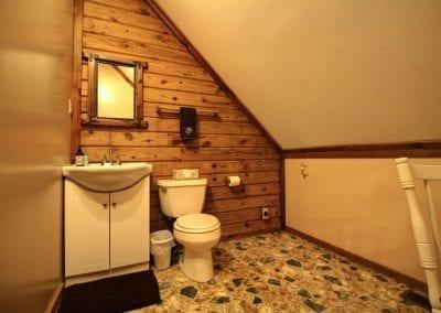 rustic hideaway cabins interior
